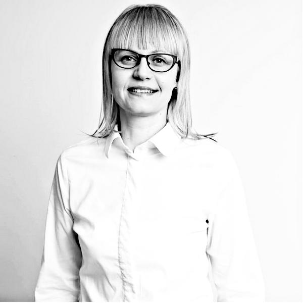 Dr Monika Kłos